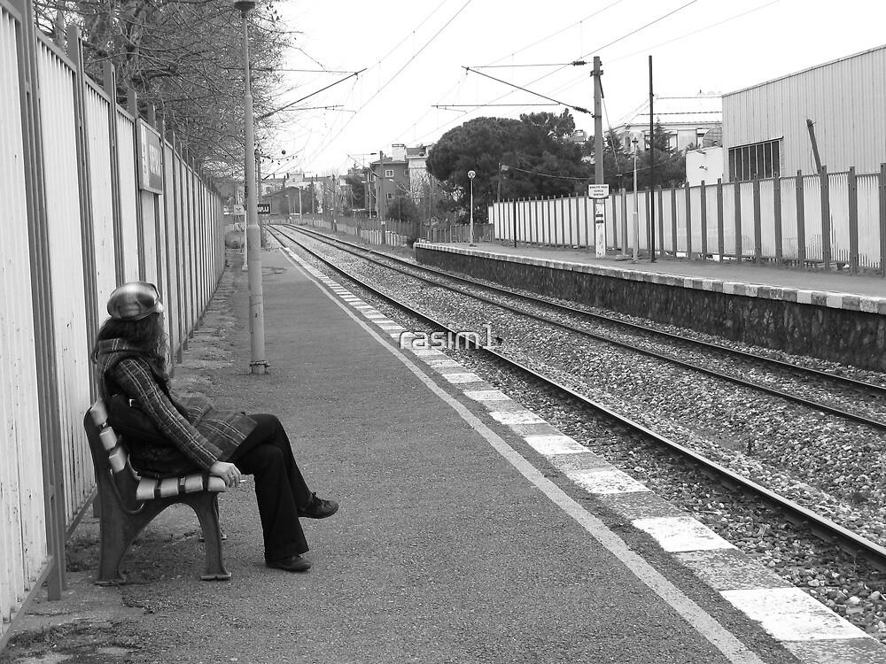 Waiting the train. by rasim1