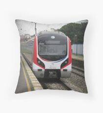 Tren Throw Pillow