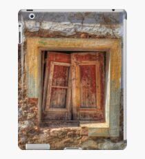 Closed For Lunch iPad Case/Skin