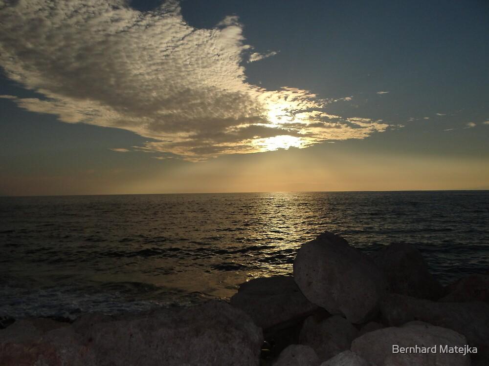 Ocean And Light - Mar Y Luz by Bernhard Matejka