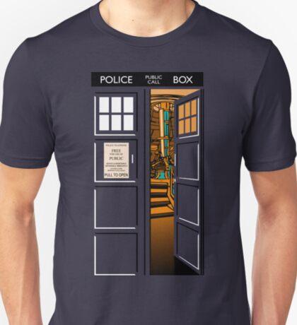 Bigger on the inside v.2 T-Shirt