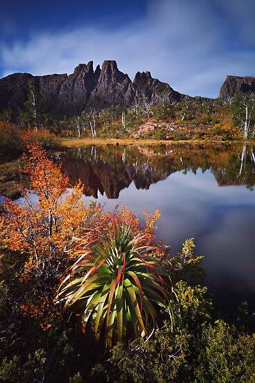 Geryon Dreaming - Labyrinth Tasmania by Mark Shean