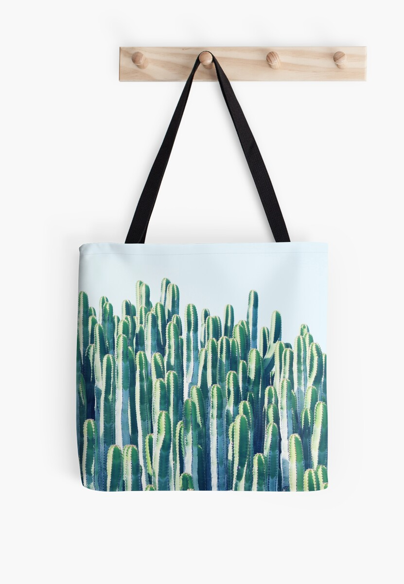 « Cactus V2 #redbubble #home #lifestyle #buyart #decor » par 83oranges