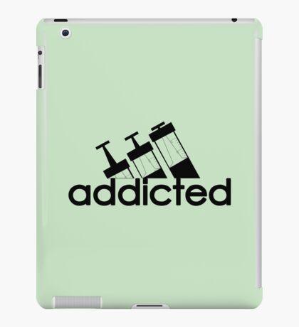 Addicted / Black iPad Case/Skin