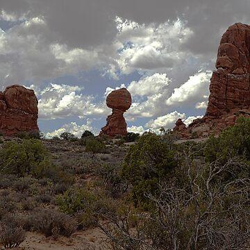 Balance Rock by JudsonJoyce