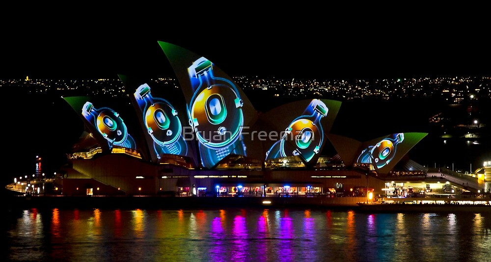 Headphone Sails - Sydney Vivid Festival - Sydney Opera House by Bryan Freeman