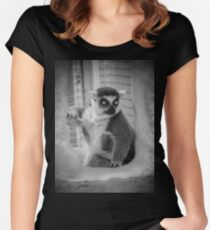 Lemur Shirt/Hoodie Women's Fitted Scoop T-Shirt