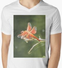 Flame Skimmer Dragonfly T-Shirt mit V-Ausschnitt