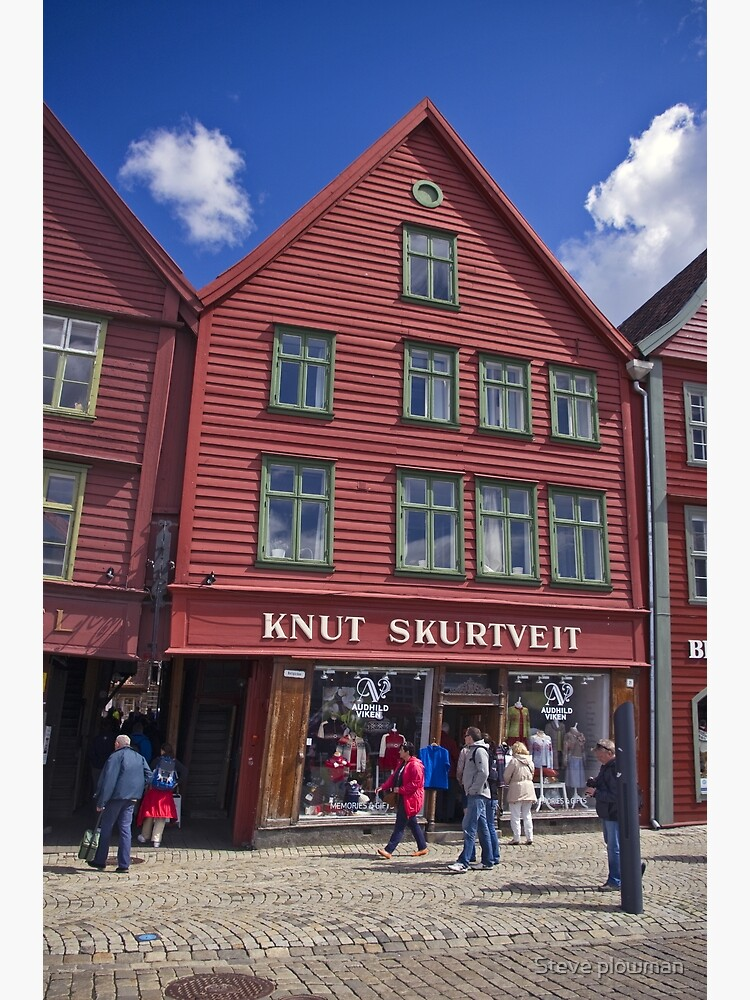 Wooden shops of Bergen by pluffy