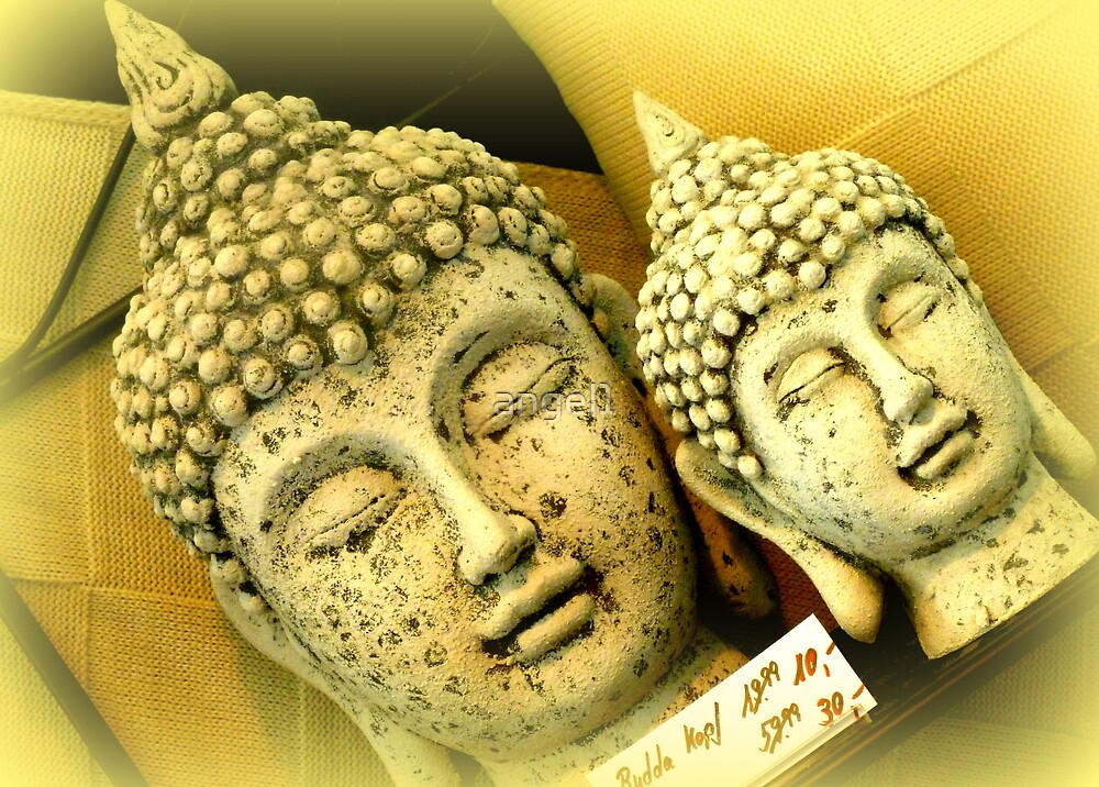 Buddhas by ©The Creative  Minds