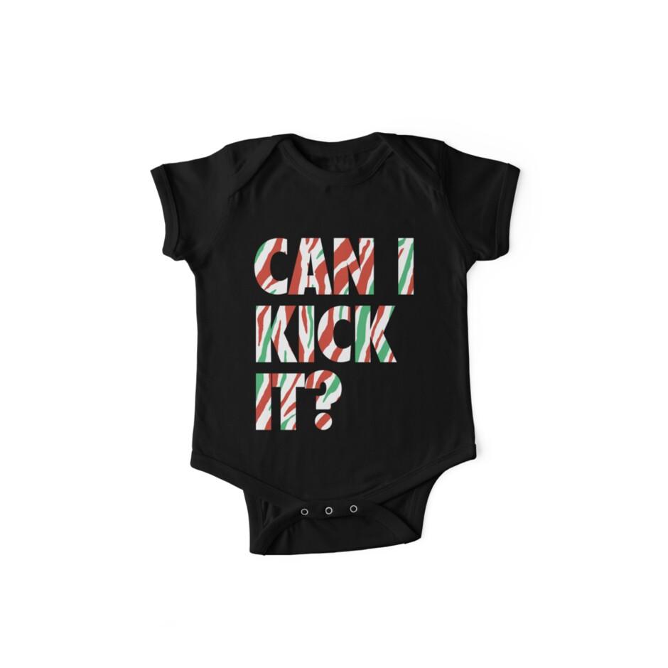 Can I Kick It? (white) von DaviesBabies
