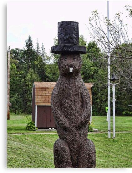 Groundhog statue by vigor