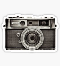 YASHICA_B&W Sticker
