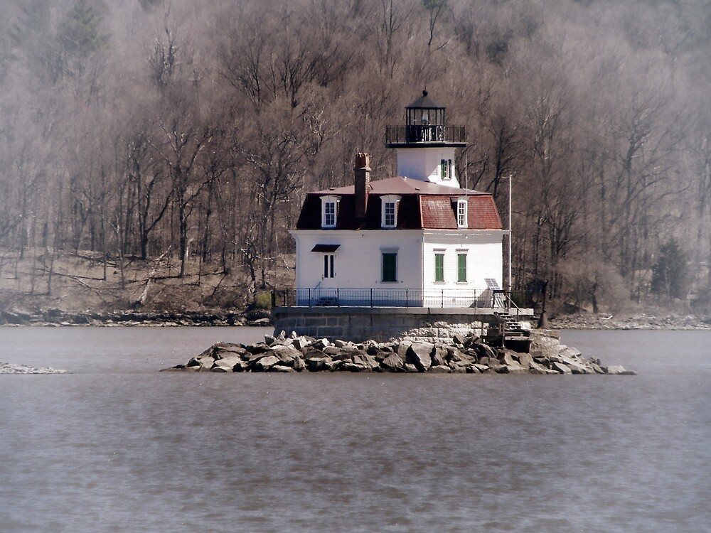 Esopus Meadows Lighthouse by PineSinger