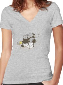 Out of film Women's Fitted V-Neck T-Shirt
