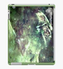 alien supermarket sign iPad Case/Skin