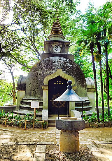 Great Buddhist Pagoda by Robert Meyers-Lussier