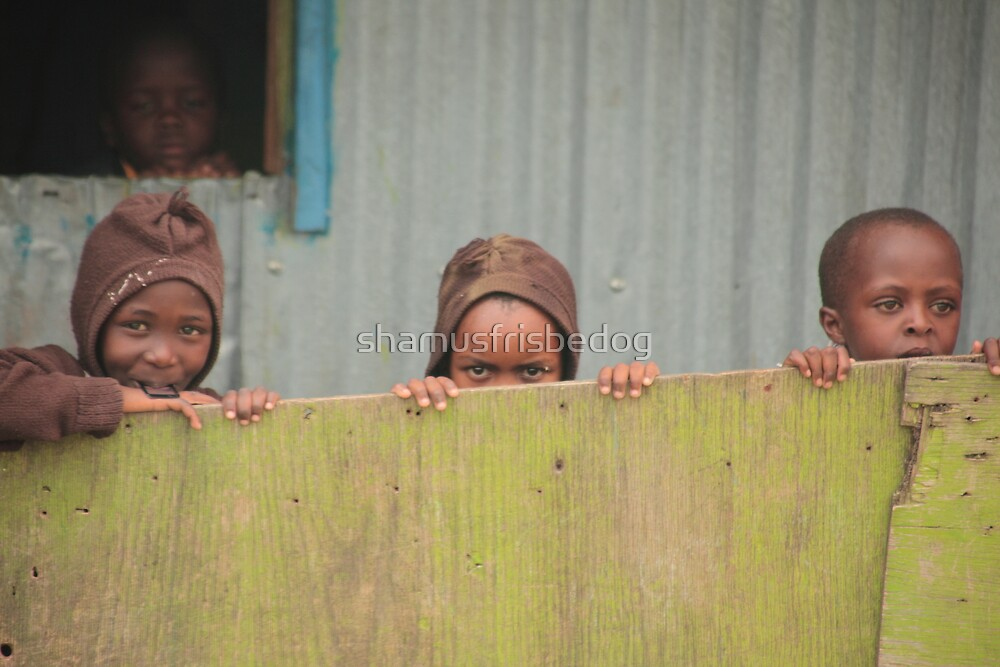 three little kids...hid behind a wall... by shamusfrisbedog