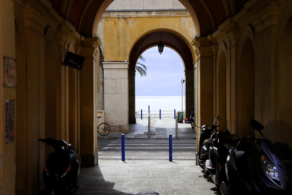 Archway to Nice beach by PlanetFranck
