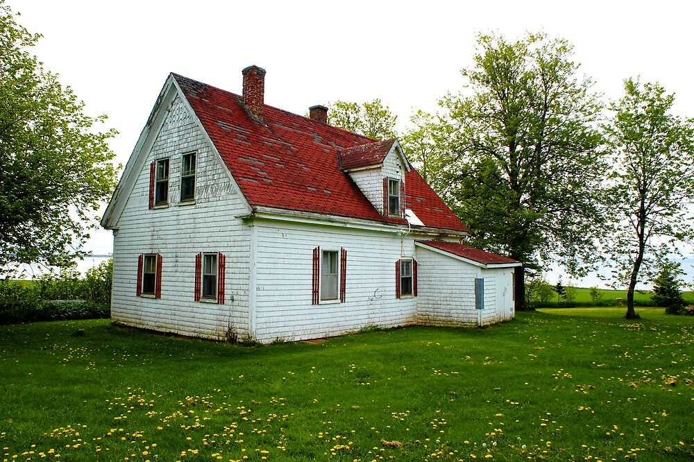 Red roof on Prince Edward Island by PlanetFranck
