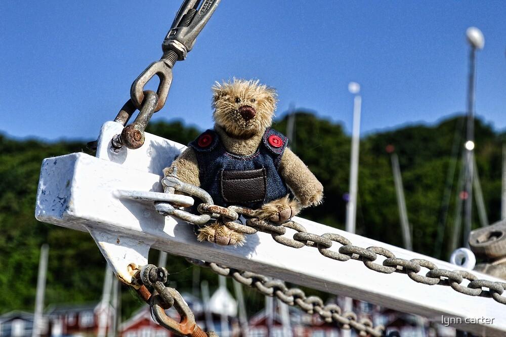Skipper Rufus Needs A Hat by lynn carter