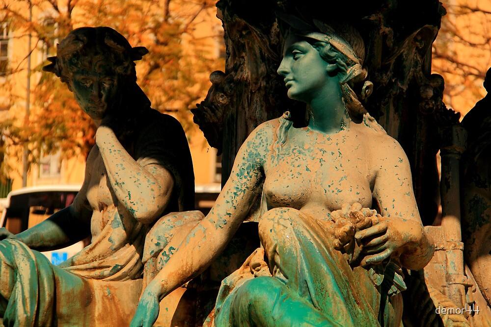 lisbon statues by demor44
