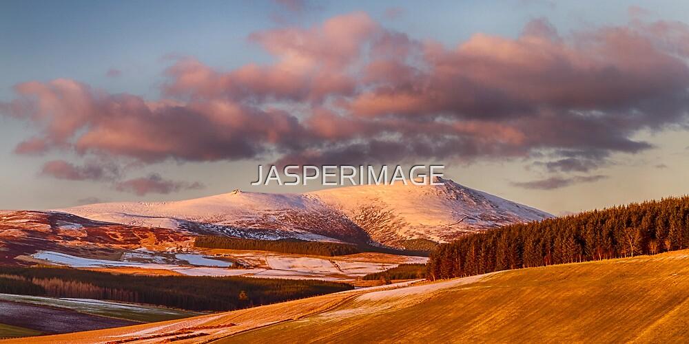 BEN RINNES, GLENLIVET MARCH SNOW by JASPERIMAGE