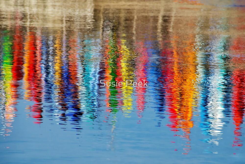 Colourful Kayaks by Susie Peek