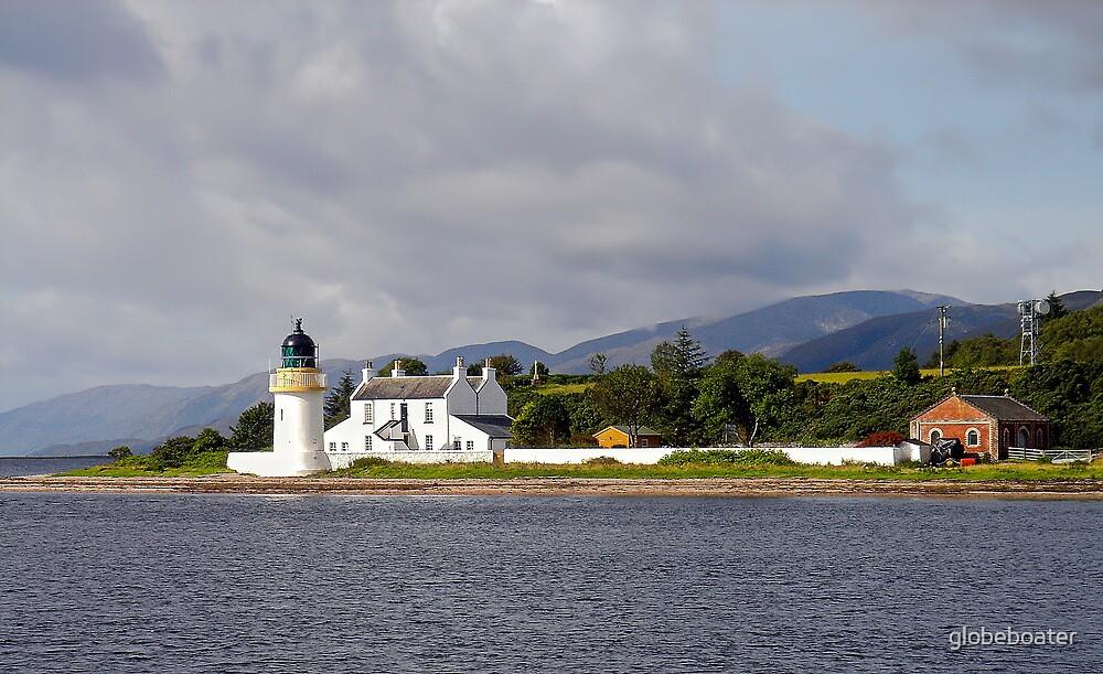 Corran Lighthouse by globeboater