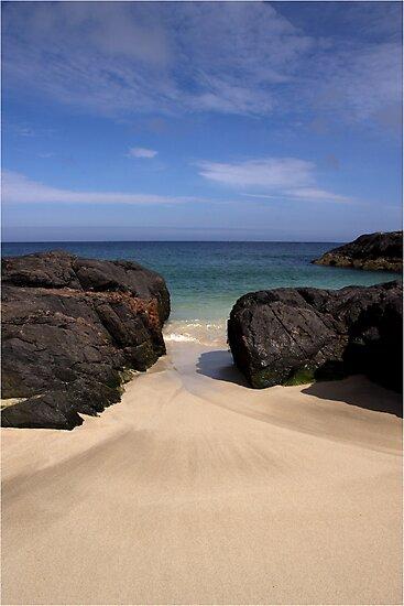 Mingulay Beach by Maureen Anderson