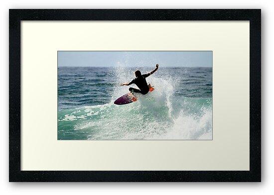 Surfing Snapper Rocks by Noel Elliot