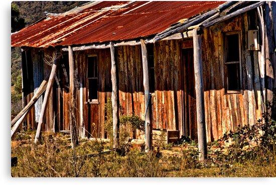 Farmhouse by Delightfuldave