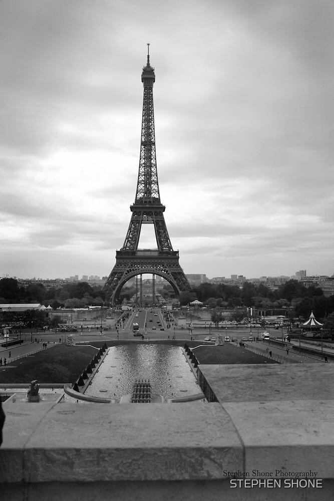Eiffel tower black & white by STEPHEN SHONE