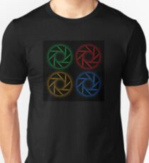 Glowing aperture Unisex T-Shirt
