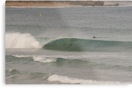 Wave breaking Warrnambool 20130604 5150 by Fred Mitchell