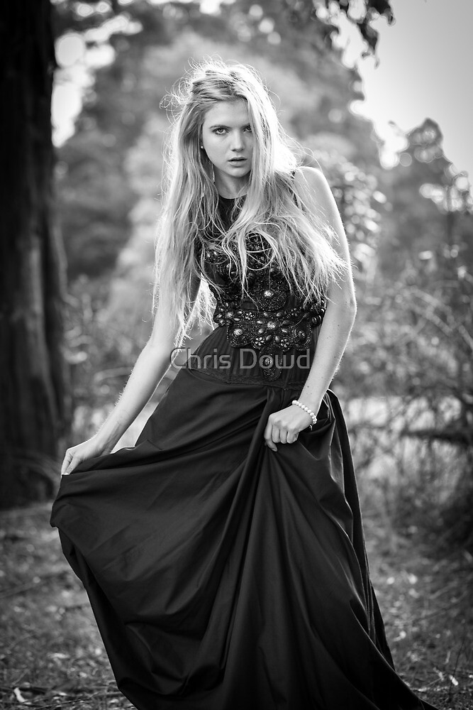 Simone by Chris Dowd