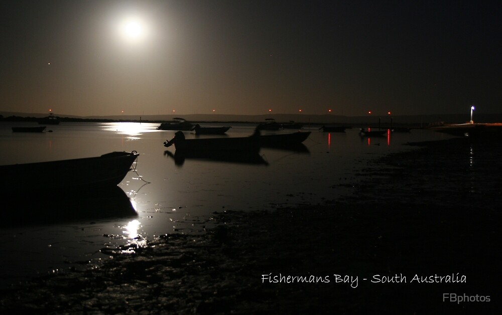 Moon over the Bay by FBphotos
