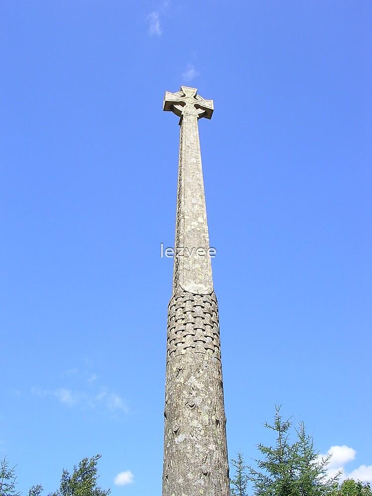Macdonald Memorial, Glencoe Village by lezvee