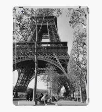 Eiffel Tower  iPad Case/Skin