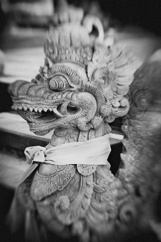Dragon Statue by jaymephoto