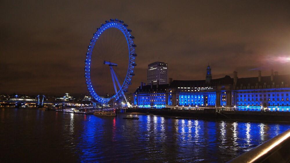 London Eye by Pedro de Sa