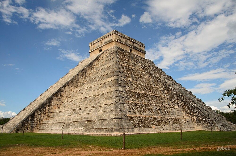 The Pyramid at Chichen Itza, Mexico by yobab