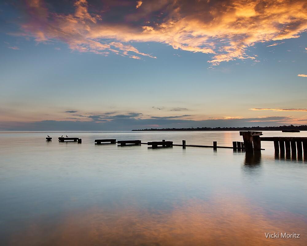 Mentone Groyne Sunset by Vicki Moritz