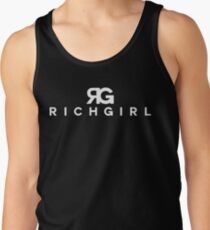 "Paris Hilton ""Rich Girl"" Art T-Shirt"