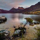 Dove Lake Dreaming. by Warren  Patten