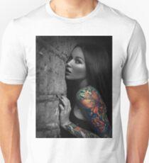 Sexy Tattoo Girl Unisex T-Shirt