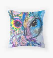 Magestic owl  Throw Pillow