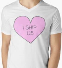 I ship us Men's V-Neck T-Shirt