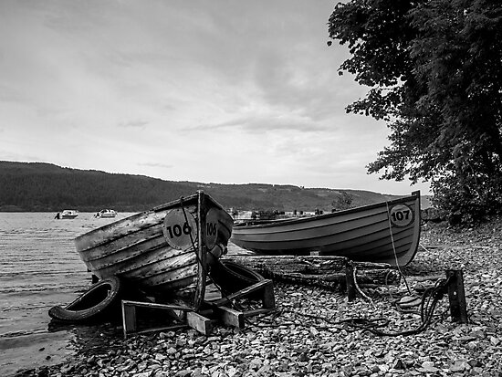 Beached on Loch's edge.  by Mbland