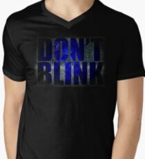 Don't Blink - Dr Who Weeping Angels T-shirt Men's V-Neck T-Shirt